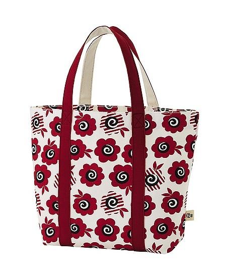 Celia Birtwell, UK 60s/70s pattern textile designer comes to Uniqlo, tote bag $9.90
