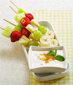 Lemon Yogurt Fruit Dip