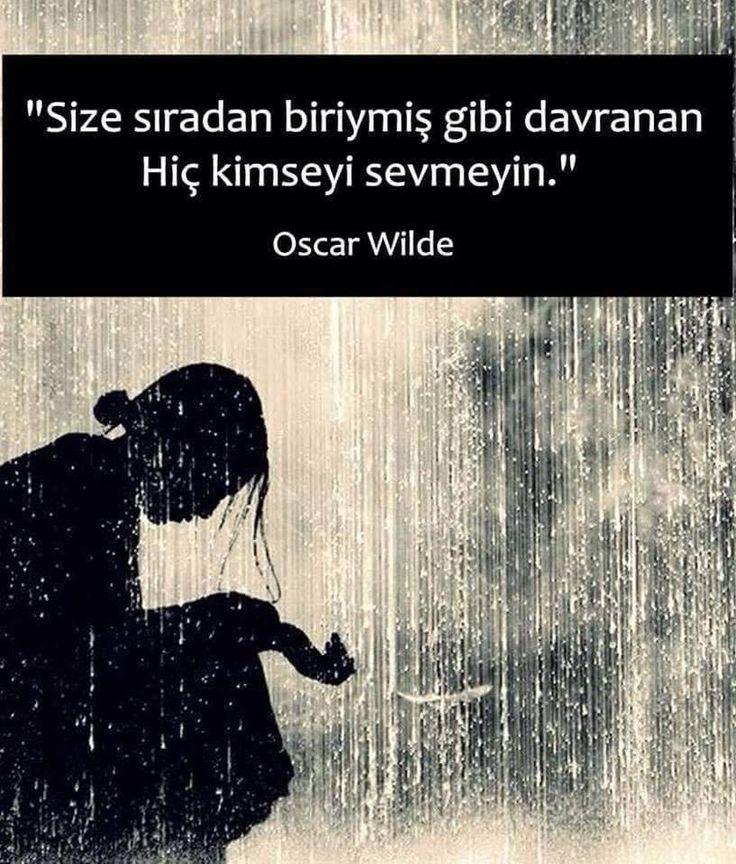 Size sıradan biriymiş gibi davranan hiç kimseyi sevmeyin. - Oscar Wilde #sözler #anlamlısözler #güzelsözler #manalısözler #özlüsözler #alıntı #alıntılar #alıntıdır #alıntısözler