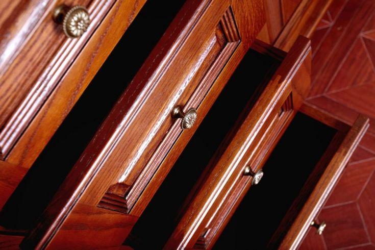 Bejcowanie drewna – piękny efekt dekoracyjny w kilku prostych krokach | Produkty Vidaron - skuteczna ochrona drewna