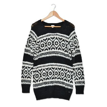 Hot for Holiday love this sweater<333