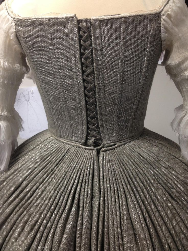 """Rear view of pleats, Claire's wedding dress on """"Outlander"""" designed by Terry Dresbach. via Terry Dresbach, an 18th century life"""