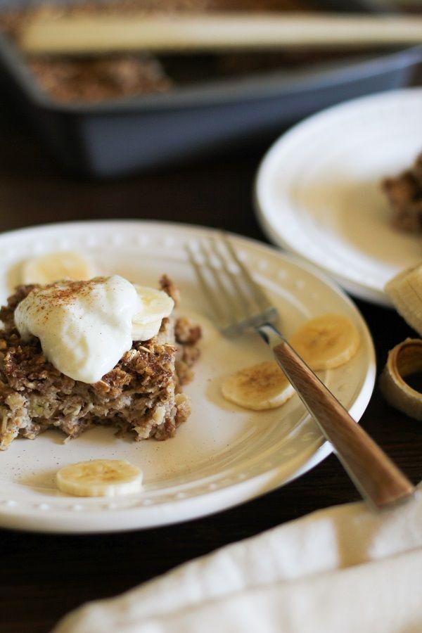 Banana Bread Baked Oatmeal (gluten free) - - -  http://www.theroastedroot.net