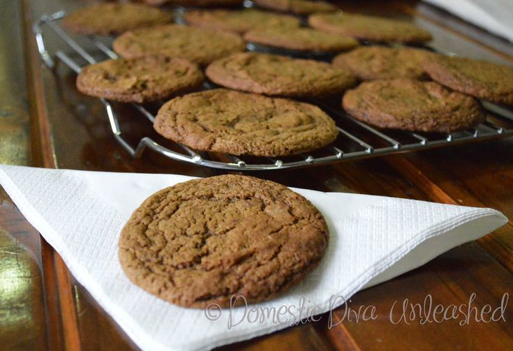Domestic Diva: Carob Cookies