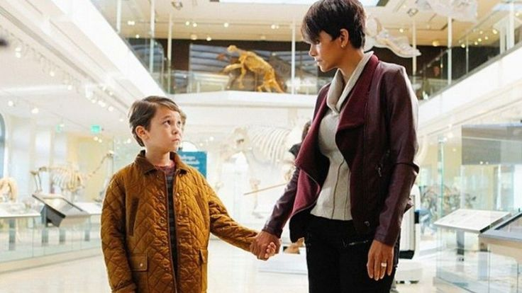 'Extant': Halle Berry dubs Pierce Gagnon 'Boy Wonder' - Zap2it | News & Features   http://www.zap2it.com/blogs/extant_halle_berry_pierce_gagnon_boy_wonder_cbs-2014-08