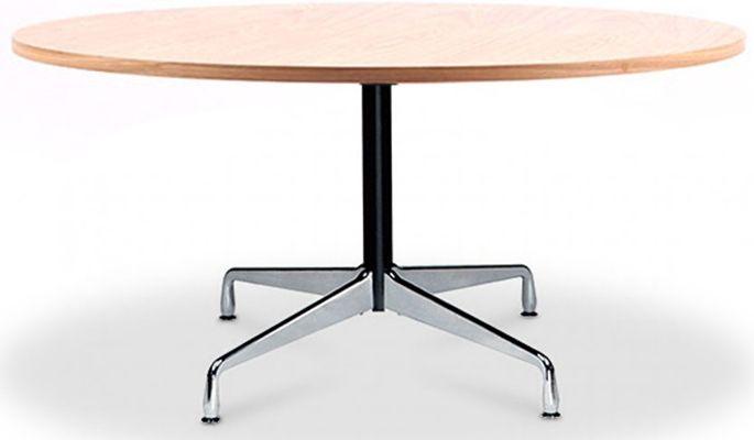 Contemporaine et robuste, la table Contract proposé avec un plateau en bois de couleur naturel d'un diamètre de 120 cm inspiration Charles Eames est un mobilier moderne qui s'associera parfaitement à votre bureau, votre salon, vos espaces de conférence ou votre salle à manger.   Diamètre 120 cm x Hauteur 75 cm