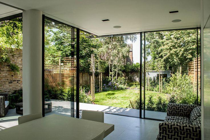 Contemporary Extension using Open Corner Minimal Windows