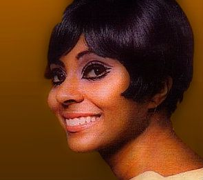 Leslie Uggams Leslie Uggams (born May 25 1943 in New York City New York) is an American actress and singer known for her work in Hallelujah Baby! and as Kizzy Reynolds in the 1977 television miniseries Roots. Biography Uggams was born in New York City. Her father was a singer with the Hall Johnson choir and her mother was a dancer. She attended the Professional Childrens School of New York and Juilliard. She met her husband Grahame Pratt while she was performing in Sydney Australia; they…