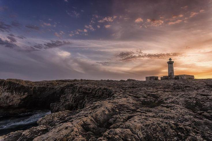 Faro del Plemmirio. by Fotonaturalistica.it