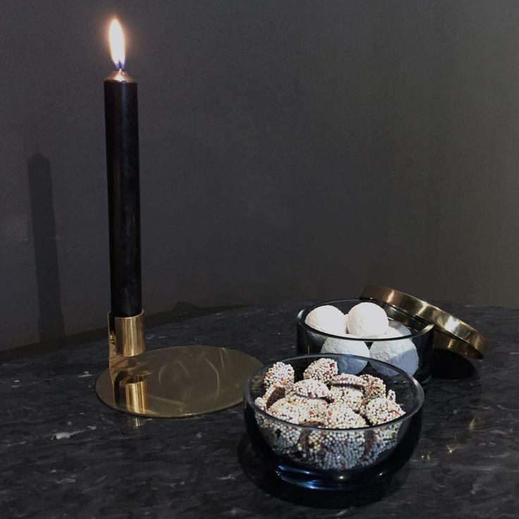 AYTM Anulo candleholder and Tota jars