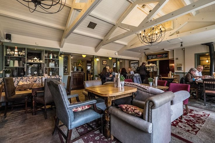 Rose and Crown Hotel Wimbledon, Pub with Rooms