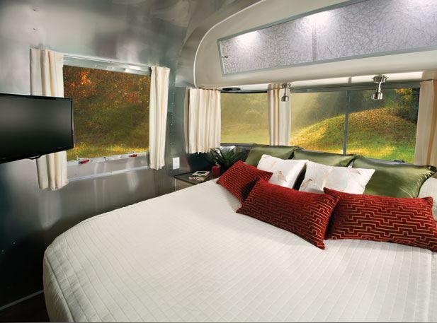 17 best images about airstreams on pinterest airstream for Airstream decor