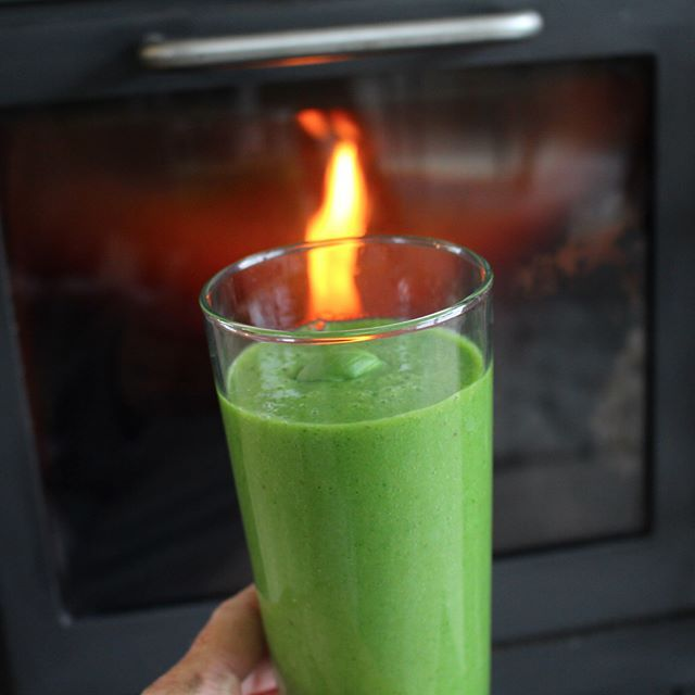 My green smoothie is on fire!! I took this picture just before I left for Thailand when I was keeping myself warm in front of the fireplace. I still get my daily green smoothie but I have no problem keeping warm these days – it is 30 degrees here ;) At the moment I'm actually working on translating my green smoothie eBook into English so I'm very focused. It has more than 50 great recipes in it. Get it here: http://fruitylou.com/green-smoothies-ebook/