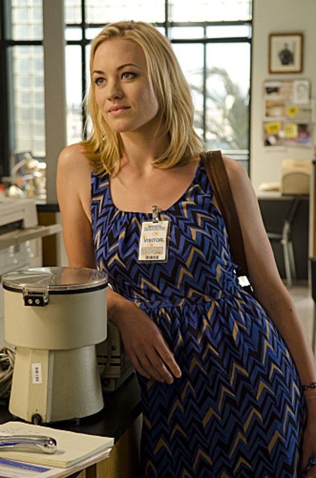 17 Best images about TV: Dexter (Yvonne Strahovski) on ...