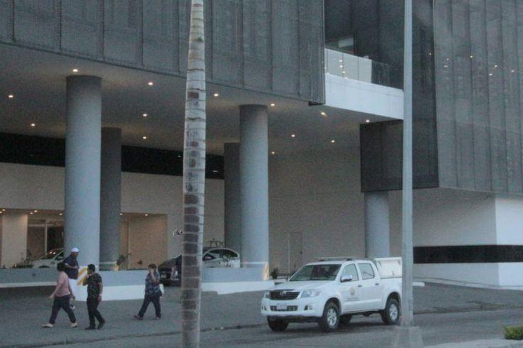 #DESTACADAS:  Hallan muertos a pareja de extranjeros en hotel de Mazatlán - Noroeste