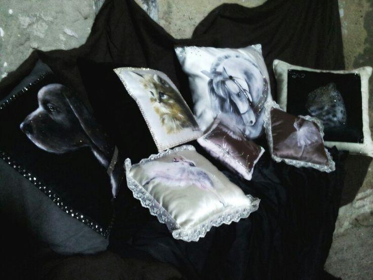 Cuscini dipinti a mano