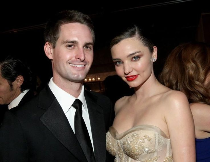 #FYINEWS: Just Married����-- Model #MirandaKerr and Snapchat founder #EvanSpiegel wed on May 27. Congrats to the couple���� . . . . . . . . . . . . . . . . . . . . . . . . . . . . . (�� Getty Images) . #fyintertainment #celebnews #snapchat #hollywood #entertainment #entertainmentnews #celebrity #celebs #celebritylove #celebblogger #justmarried #entertainmentblogger #entertainmentblog #orlandobloom #instalike #instaceleb #instafashion #celeb #snapchat #snapchatfilter #weddingbells…