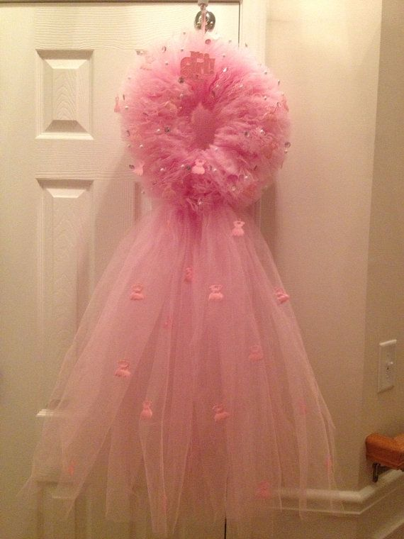 FREE SHIPPING Pink tulle 'It's a girl' wreath for by MaviCraft, $90.00