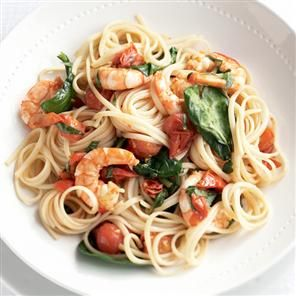 Chilli prawn and spinach linguine recipe. This tasty and easy to prepare dish is low in calories and fat and rich in vitamin C.