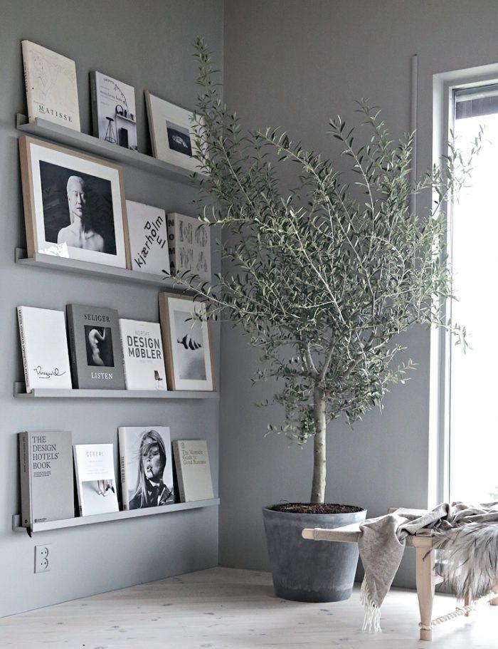 Tavlor, speglar, posters och hyllplan. Det finns många sätt att inreda en tom vägg på. Låt inspirationen flöda och skapa vackra väggar hemma med våra åtta tips!