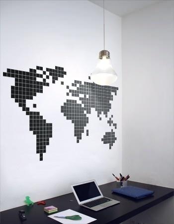 Une carte du monde pixelisée sur un mur, c'est possible !