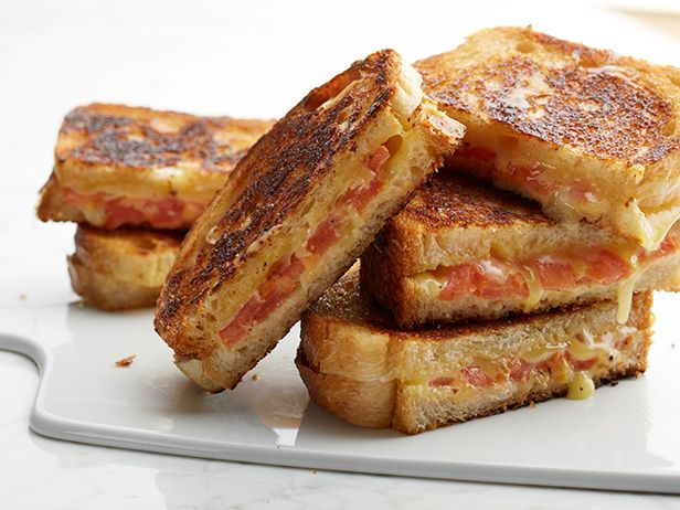 Grilled Cheese 6 Ways: Food Network, Grilled Cheese Recipes, Red Peppers, Chee Recipes, Grilled Cheese Sandwiches, Tomatoes Cheese, Grilled Tomatoes, Grilled Cheeses, Grilled Chee Sandwiches