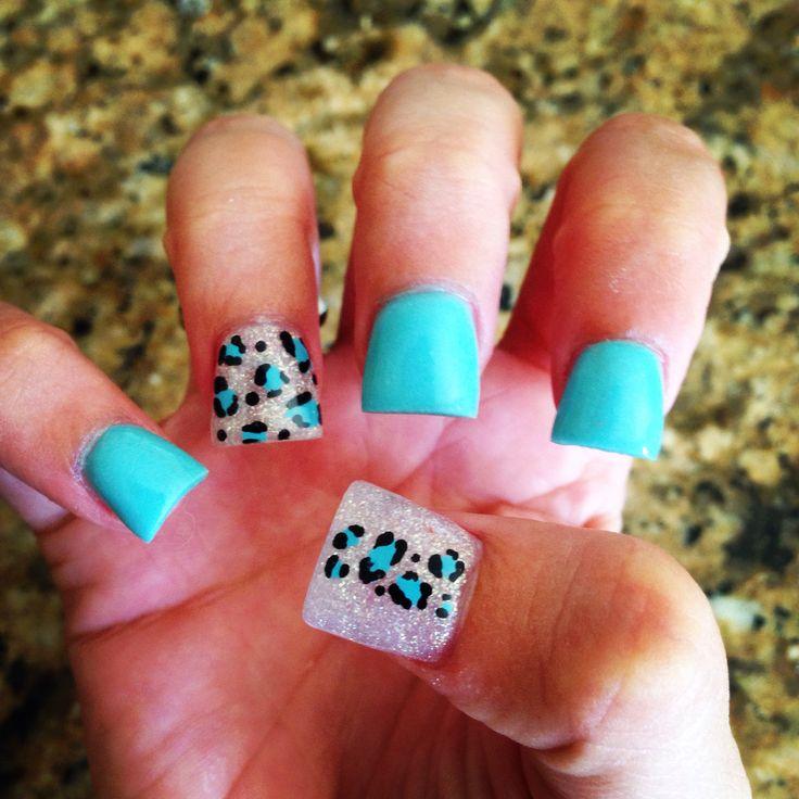 My blue cheetah acrylic nails:)