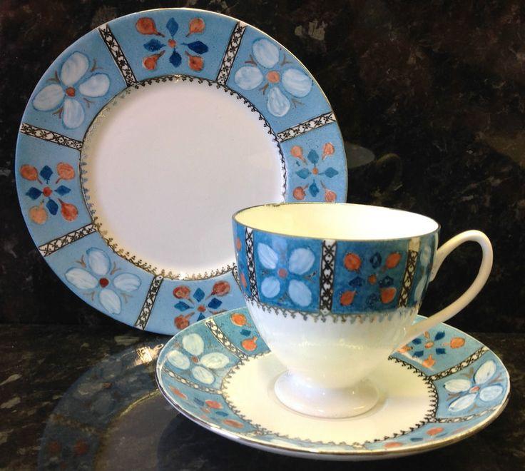 Shelley Carlisle Shape Floral Print Pattern Tea Cup Trio.