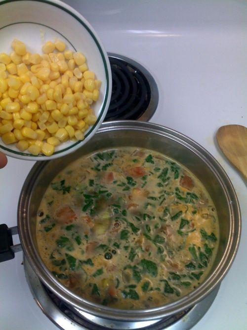 Southwest Chicken and Lentil Soup - Omnomnom