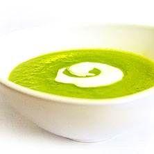Grön ärtsoppa med pepparrotsklick. Enkel soppa för hela familjen.