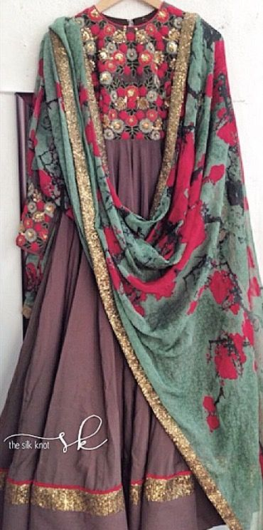 what amazing soothing colors...,, i wnt somthing like dat,,, temme d cloths fabrics,, if anybdy knws??