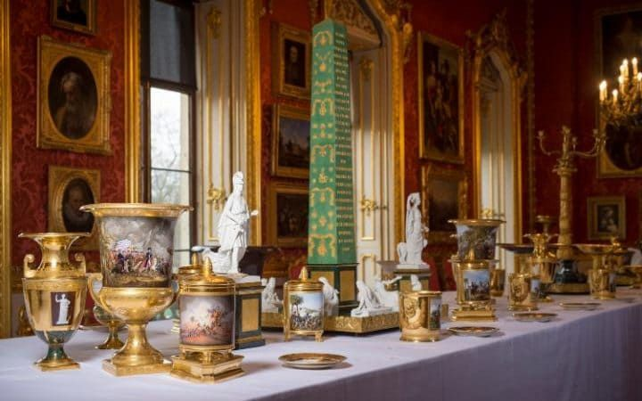 Duke of Wellington's 400-piece gilt dinner set laid out for first time. Wellington's dining service is to go on show in Apsley House as it was intended to be used