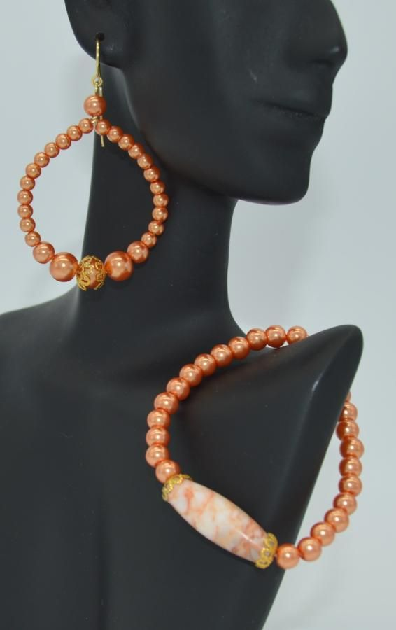 Stretch Bracelet and Earrings by NarcissaCreates