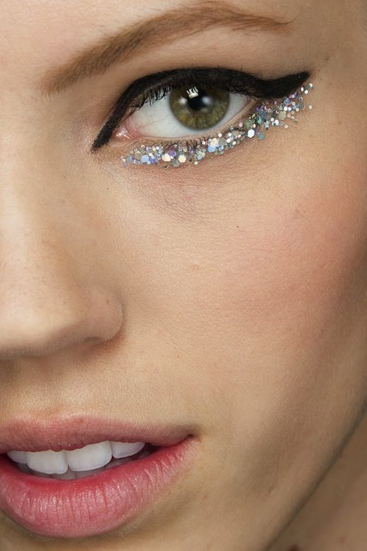 a sparkly eye