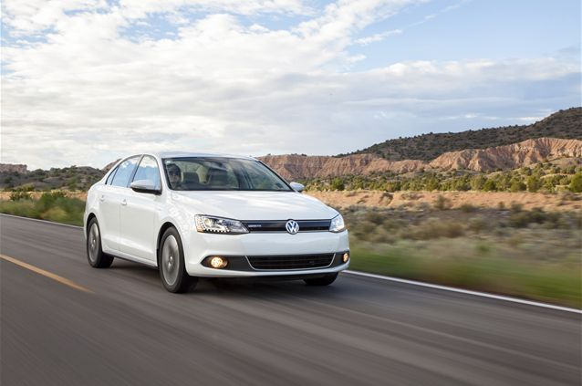 Best Compact Cars : Don't Look At The Size – Look Up At The Performa:Volkswage Jetta Hybrid Best Compact Cars In 2008–best Compact Cars For ...