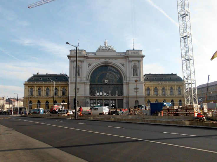 Keleti pálayudvar. The eastern railway station in Budapest with service to Vienna and Bratislava for example.