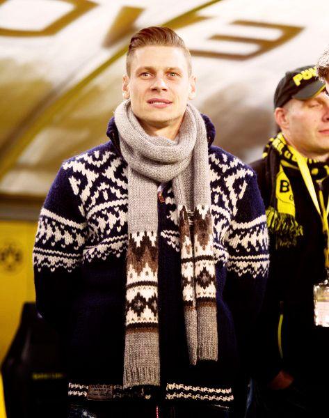 Łukasz Piszczek wearing warm winter woollies