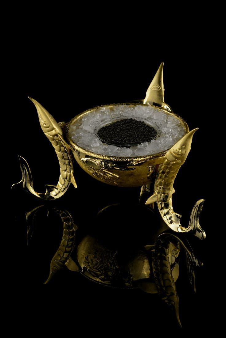 Caviar Presentoire 3 sturgeons, 32 cms wide, cast bronze 24K goldplated.