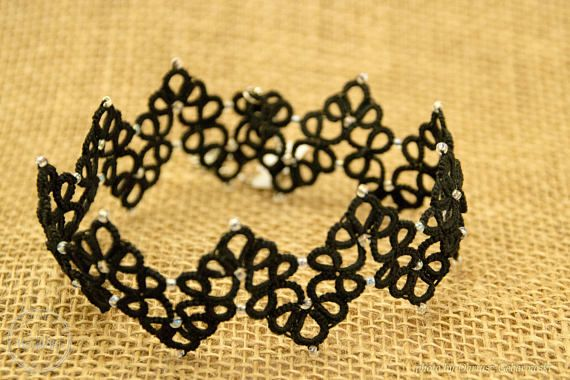 Asteria lace tatted choker necklace in Gothic style