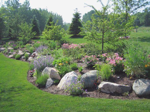 fieldstone boulders retaining