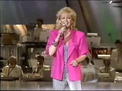 Eurovision 1985 Sweden - Kikki Danielsson - Bra vibrationer. My favourite Swedish song ever in the Eurovision.