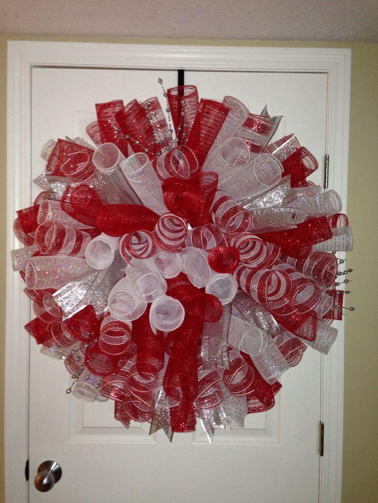 Spiral Christmas deco mesh wreath