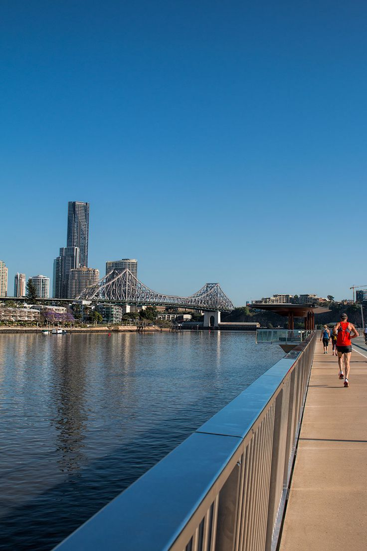 Brisbane city has a casual and relaxed vibe thanks to its perfect climate and river front setting. Enjoy your time exploring Brisbane and get out and active on the city to New Farm river walk.