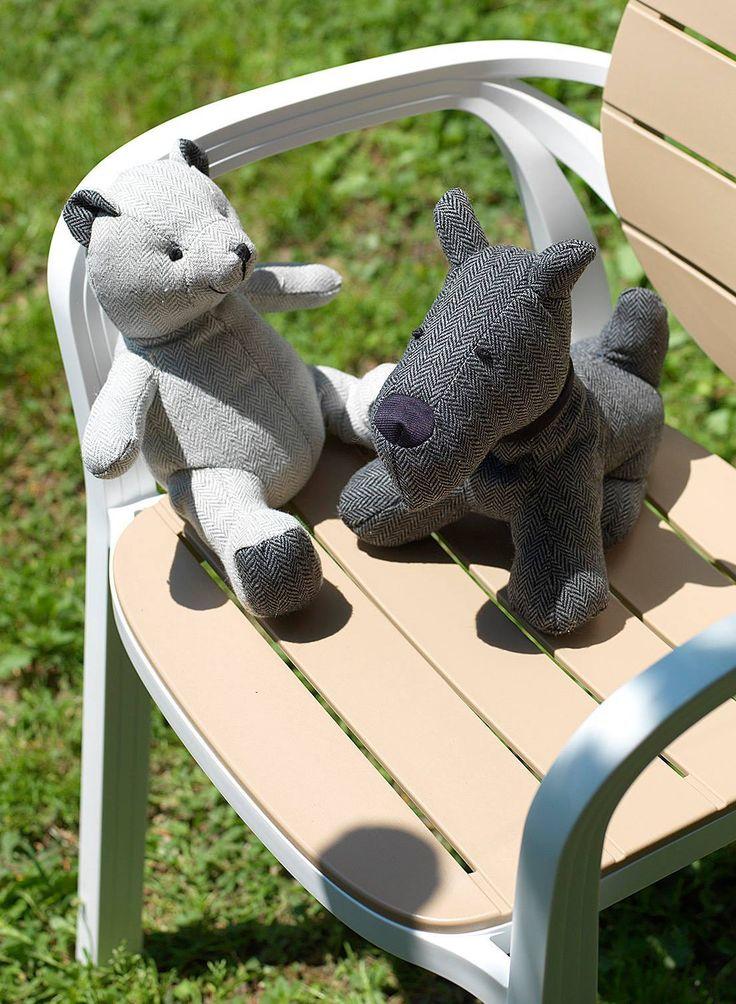 Un paio di amici sulla nostra seduta Palma per augurarvi un weekend di relax... A volte avremmo tutti bisogno di fare una pausa e tornare un po' bambini, non dite?