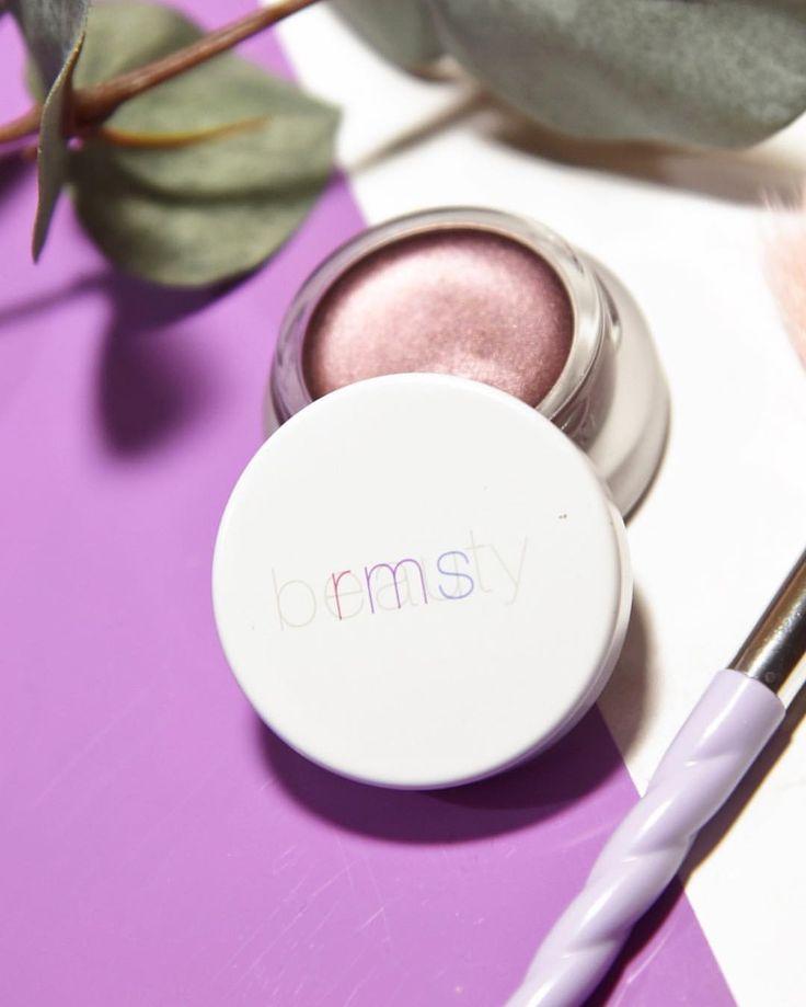 """rms beauty eye polish imagine! organic makeup! love love love! 262 Likes, 9 Comments - organik güzellik blogcusu 🌿 (@jujusvanity) on Instagram: """"En sevdiğim organik farım 🦄💜 Aşırı bi akademik yoğunluk içerisindeyim amaa en yakın zamanda yeni…"""""""