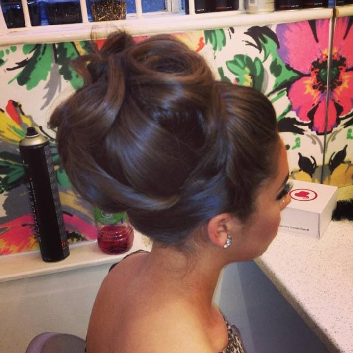 Stupendous 1000 Images About Cutie39S Wedding Hairstyles On Pinterest High Hairstyles For Women Draintrainus