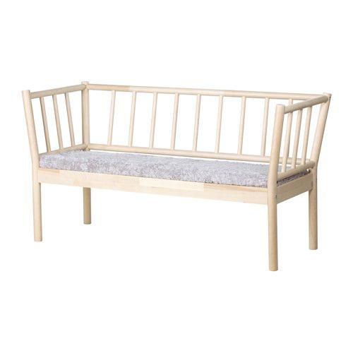 IKEA BJÖRKSNäS, Soffa med dyna, Massivt träär ett slitstarkt naturmaterial Fårskinn har