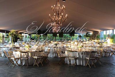 Vista general de la cena. Weddings in Spain. www.eljardindemam... Facebook: www.facebook.com/... Blog: eljardindemamaana