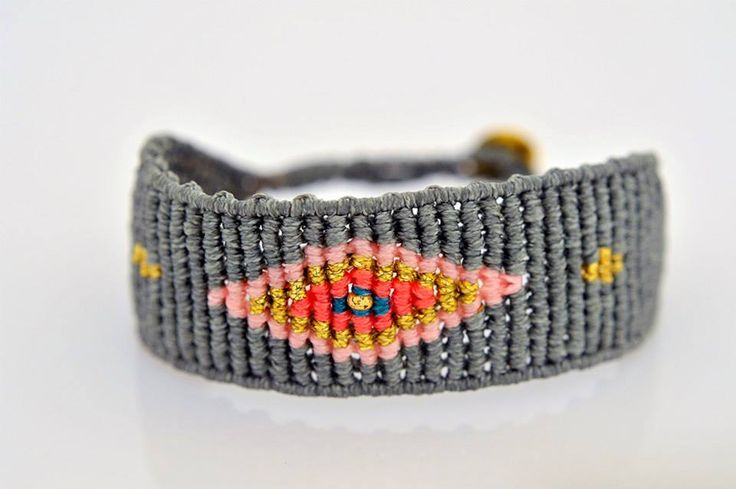 A BEAUTIFUL CUFF EYE, WITH A STUNNING COMBINATION OF COLOURS AND A SILVER 925 CLASP PLATED IN GOLD.   More to explore at : http://www.zayiana.com/product/eye-cuff/