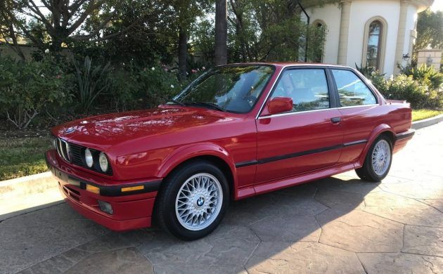 Too Nice For Winter 1989 Bmw 325ix In 2020 Bmw Bmw Classic Cars Bmw E30